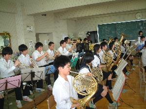 室蘭栄高等学校制服画像